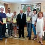 Посол Украины в Греции Владимир Шкуров вручил Благодарности организаторам выставки