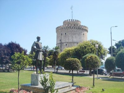 Памятник греческому воину.Белая башня,г. Салоники