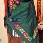 Шаль, вишивка хрестом, тканина льон 100 відсотків, муліне DMC, 35000 хрестиків, 20 кольорів-Катерина Черненко