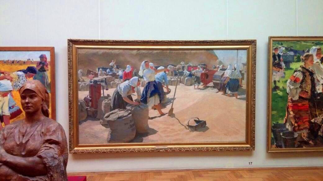 Фото-Картина-Хлеб-Татьяны Яблонской в Киевском музее-фото Олега М. Караваева
