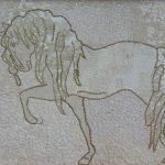 Косик Анастасия , Лошадь, мозаика из неокрашенной яичной скорлупы г.Краматорск