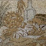 Гостинец.мозаика из неокрашенной яичной скорлупы.20х35.2013г. Анастасия Косик