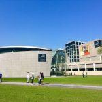 Фото-Слева Музей Ван Гога,далее Стеделик-музей современного искусства