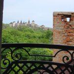 А из нашего окна Крепость старая видна ))