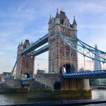 Та́уэрский мост (Tower Bridge)-разводной мост в центре Лондона над рекой Темзой