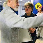 В.Почекаев объясняет Е.Жигиевич как добиться успеха в творчестве