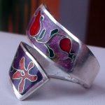 Кольцо Гранаты; серебро, горячая эмаль; Мастер Анна Колесник