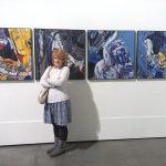 Алена Дубовая-Караваева на выставке Ивана Марчука