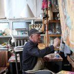 Шинин в мастерской