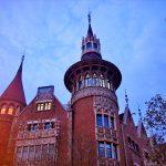Архитектура Барселоны-Вечереет-заказать картину маслом