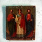 Церковь с иконами3