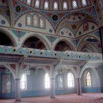 Великолепная орнаментальная роспись.Мечеть