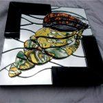 Ракушка с двумя углами, зеркальный коллаж_ бесшовная мозаика, зеркало и черное стекло по 4мм, 21х21х3см, 2020г.-Андрей Батухтин