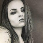 Портрет девушки, бумага, карандаш, 30х42 - Александр Матийко